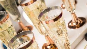 Bicchieri e calici in plastica resistente e infrangibile per i vostri brindisi