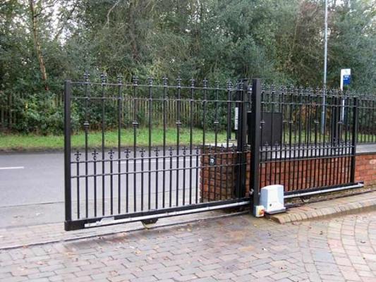 Cancello ferro battuto - MECC