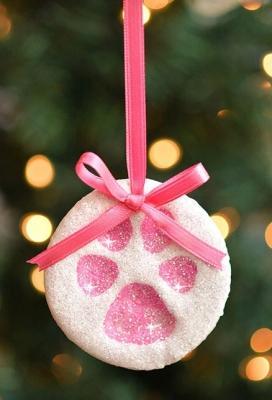Decorazioni natalizie con pasta di sale, da onelittleproject.com