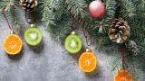 Decorazioni con verdure per l'albero di Natale