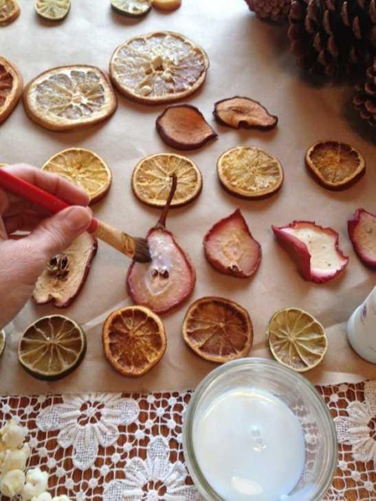 Decorazioni con verdure per l 39 albero di natale - Decorazioni con frutta essiccata ...