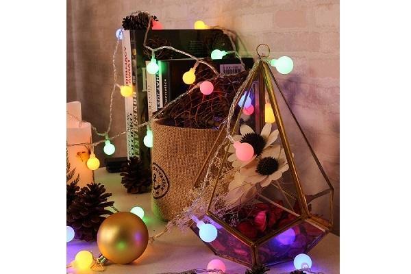 Dettaglio decoro luci natalizie Amazon