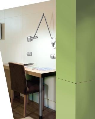 Scrivania e armadio modulare Formica® Group Collection Colors