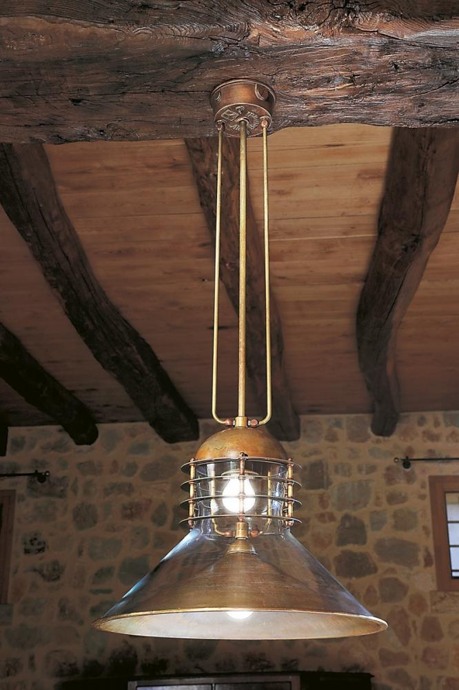 Lampada in stile industriale Tamer di Aldo Bernardi