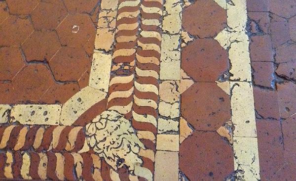 Antico pavimento in cotto stile manierista da Palazzo Vecchio a Firenze