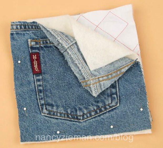 Come realizzare delle presine per la cucina dalle tasche dei jeans, da nancyzieman.com