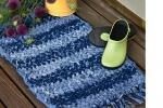 Realizzare dei tappeti con i vecchi jeans, da kidspacestuff.com