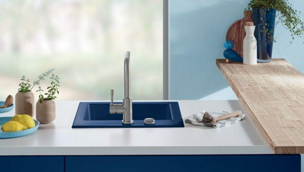 Tanti materiali e forme per il lavabo cucina