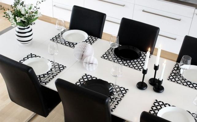 Black and white per una tavola di Capodanno minimal, da proforma.blogg.se