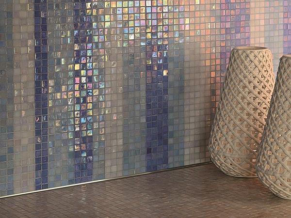Colorare le fughe dei mosaici con Starlike di Litokol