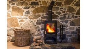Stufe a legna belle ed efficienti per riscaldare casa con stile