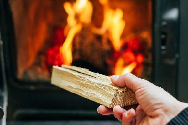 Dettaglio di stufa a legna