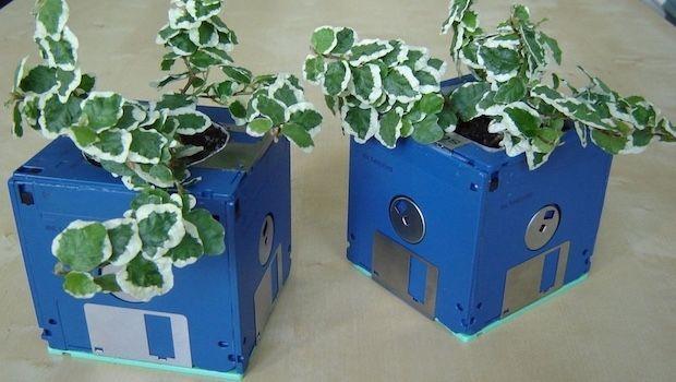 Tante idee di riciclo creativo con componenti elettronici