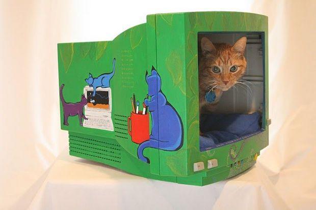 Riciclo creativo computer: cuccia per il gatto, risultato, da instructables.com