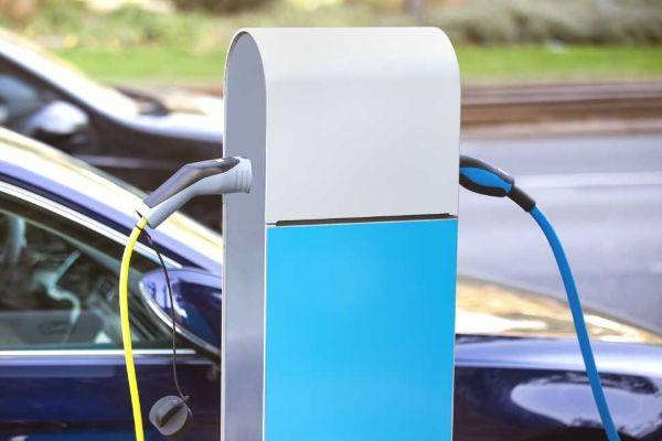 Agevolazioni per installazione colonna ricarica elettrica in condominio