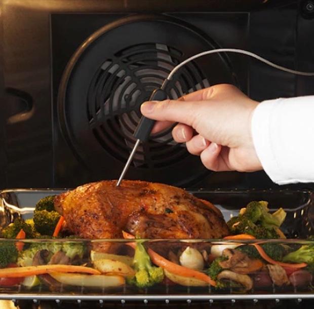 Forno pirolitico a vapore con sensore di temperatura per la carne, da Ikea