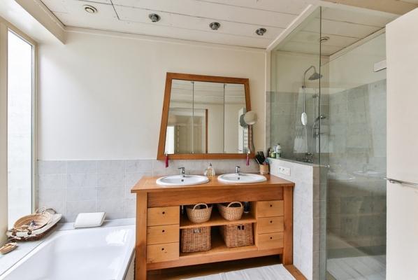 Pareti Per Doccia In Vetro : Vetri anti corrosione per doccia