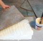 Come posare le piastrelle