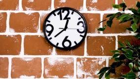 Idee creative per decorare una parete in fai da te