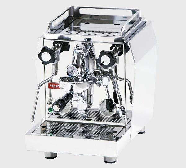 La macchina caffè espresso Giotto Evoluzione, da La Pavoni