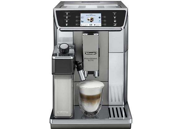 La macchina per caffè espresso ECAM 650.55.MS, da De' Longhi