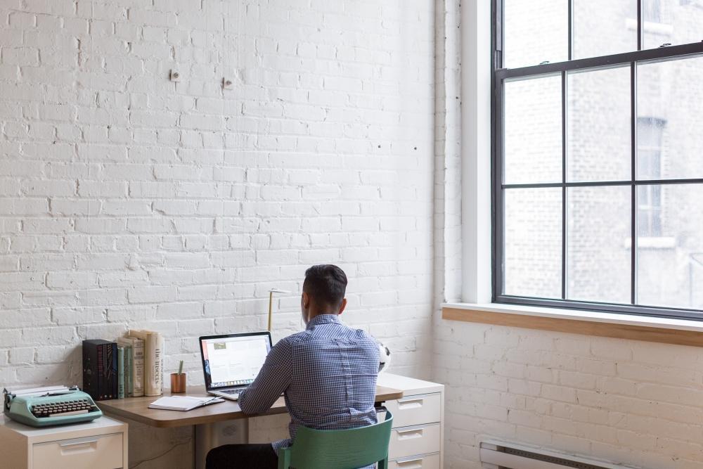 Preferire l'angolo studio in soggiorno