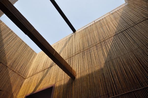 Il bambù viene impiegato spesso nella realizzazione di architetture temporanee