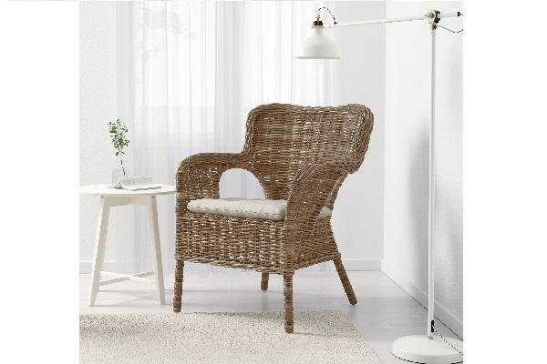 Sedia in rattan Byholma di Ikea