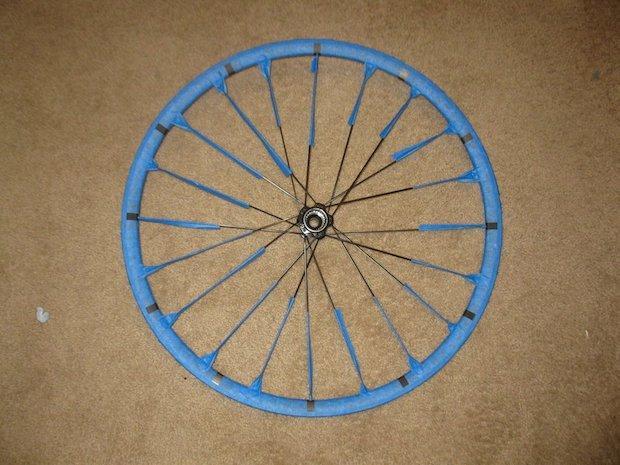Orologio fai da te con il cerchione della bici: parte 2, da instructables.com