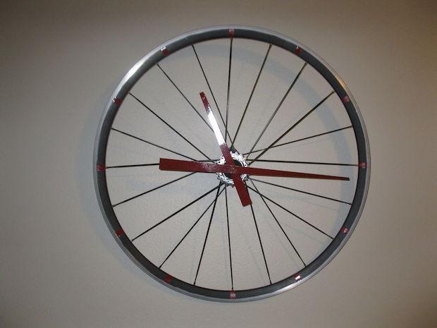 Orologio fai da te con il cerchione della bici: parte 3, da instructables.com