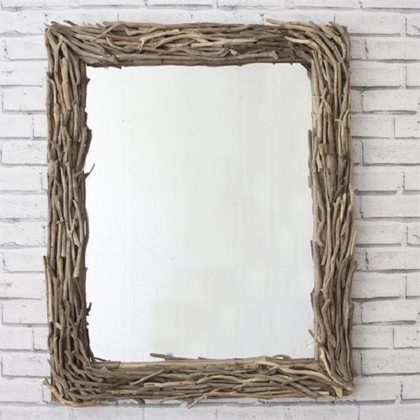 Specchio ideato con i rami, da decorativemirrorsonline.co.uk