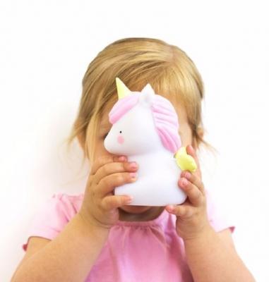 Lampada unicorno, da cocomingos.com