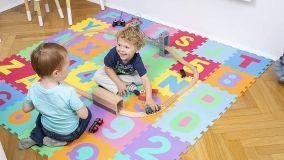 Tappeti giocattolo e decorativi per la cameretta dei bambini di ogni età