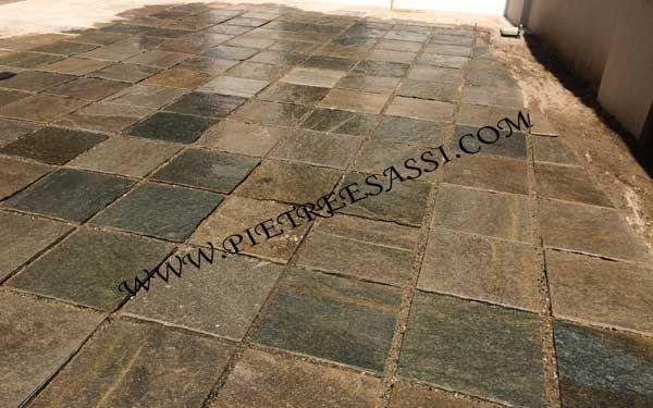 Rivestimento pietra realizzato da Pietre e Sassi