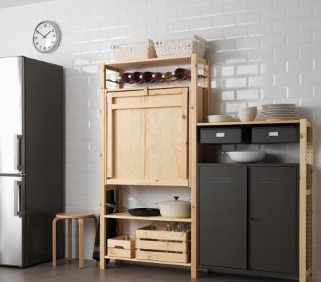 Scaffali Ikea come dispensa cucina, da Ikea
