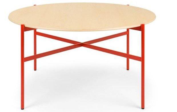 Tavolo rotondo legno con struttura in metallo colorato, da True Design
