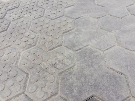 Pavimento in plastica riciclata