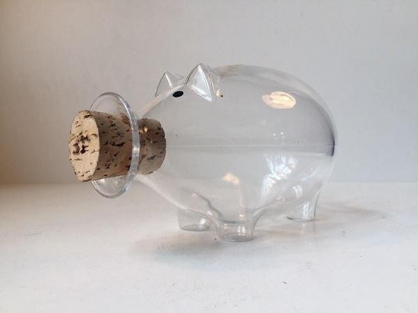 Il decanter che ricorda un maialino, da Pamono