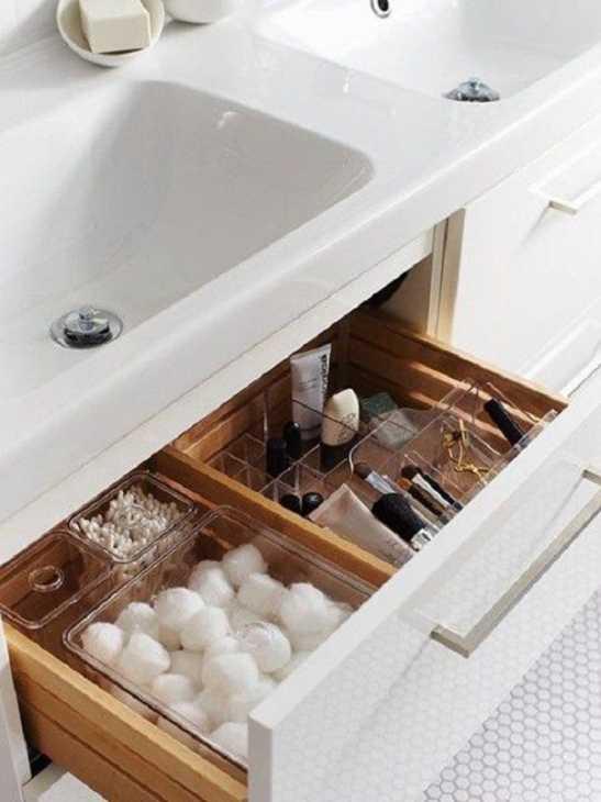 Ogni cosa al suo posto in bagno, da apartmenttherapyPUNTOcom