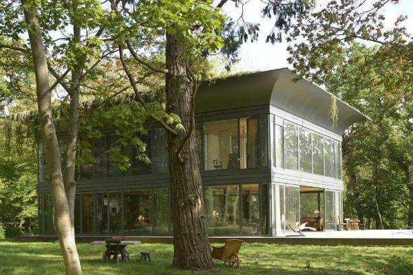 Le case in legno prefabbricate P.A.T.H. di Philippe Starck