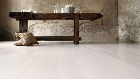 Parquet in bagno: i pavimenti in legno che non temono l'acqua