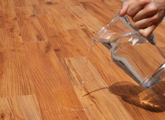 Teak waterproof di Parquet.tv