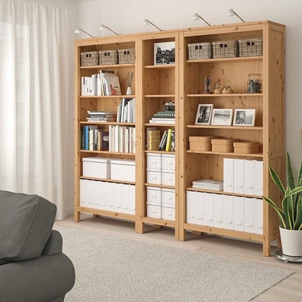 Libreria a giorno in stile rustico HEMNES - IKEA