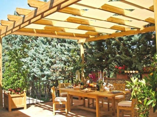 Pergolato in legno da giardino - Aquilani