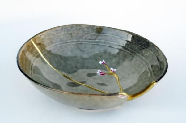 Restauro ceramica con l'arte giapponese Kintsugi su Etsy