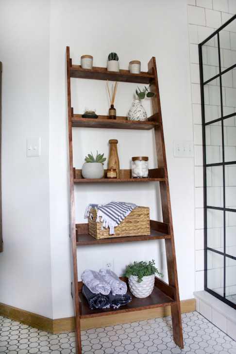 Riciclo creativo scala in legno: scaffale per il bagno, parte 3, da brepurposed.porch.com
