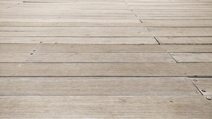 Parquet in legno prefinito per esterni