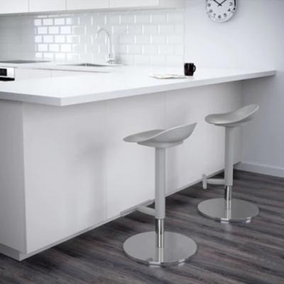 Sgabelli da cucina regolabili, da Ikea