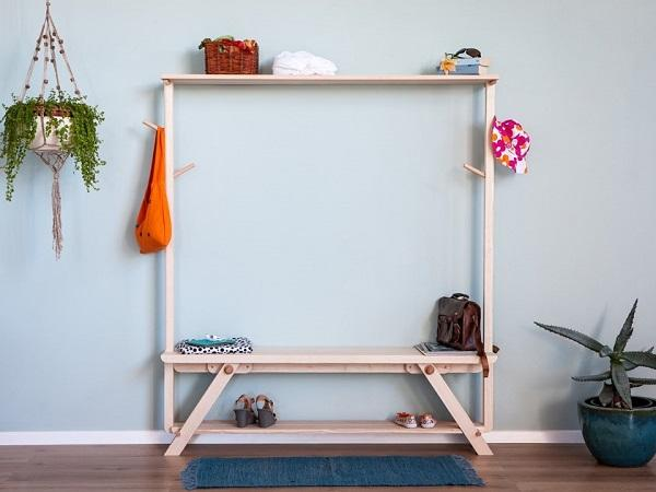Panka per una mudroom minimalista, da Xilolab