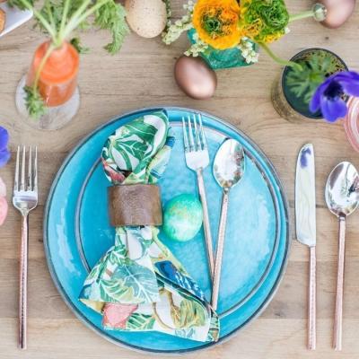 Tavolata di Pasqua di blog.potterybarn.com